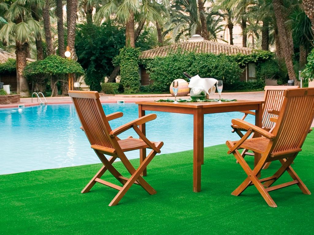 Este verano, prepara tu jardín o terraza con césped artificial